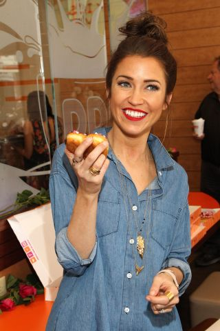Kaitlyn Bristowe And Shawn Boothe Celebrate Their 1st Valentine's Day Together With Dunkin' Donuts Heart-Shaped Donuts