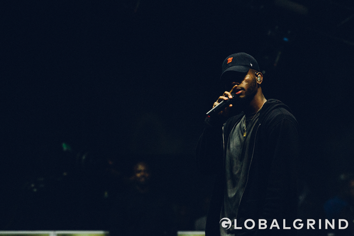 Bryson Tiller had the ladies losing their minds while performing at 2016 Hot 97 Summer Jam at Met Life Stadium.