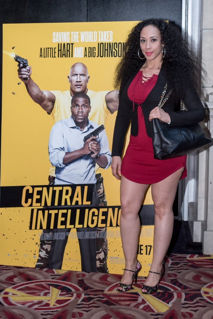 Comedian Von Decarlo attends the #XillaMovieParty for Central Intelligence in New York City