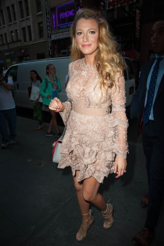 Blake Lively looks beautiful arriving for her appearance on The Today Show