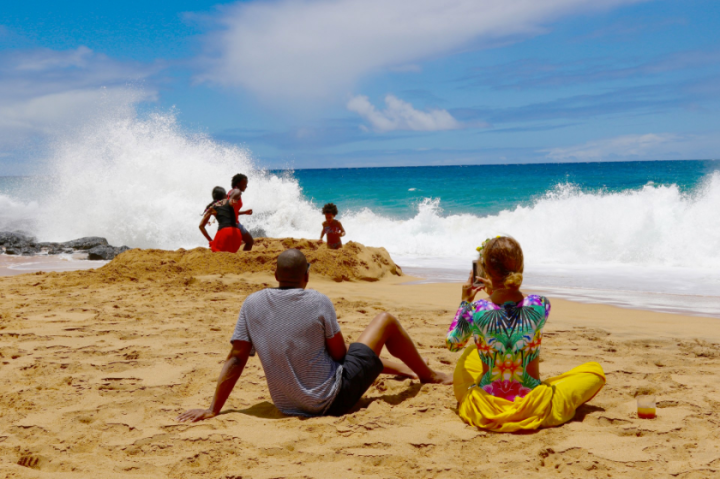 Beyonce, Jay Z, & Blue Ivy Carter In Hawaii