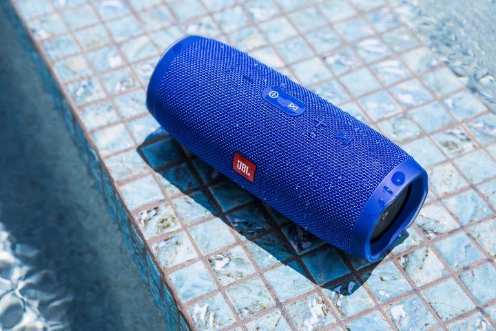 """JBL's New """"Charge 3"""" Waterproof Portable Speaker."""