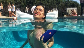 JBL Poolside Charge 3 party