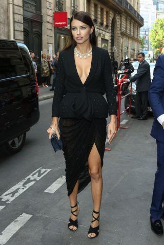 Adriana Lima - Celebrities at Paris Fashion Week