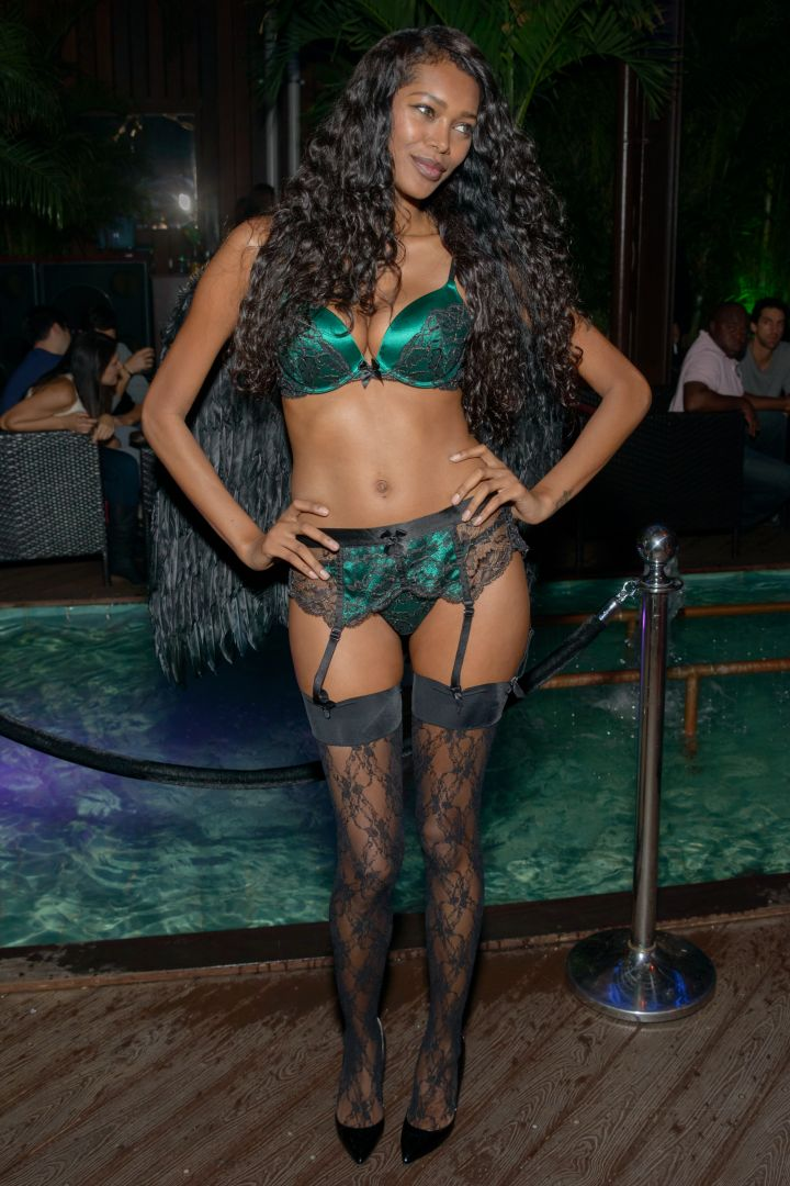 We love Jessica White, but lingerie on Halloween is not a costume…not even at a lingerie-themed party.