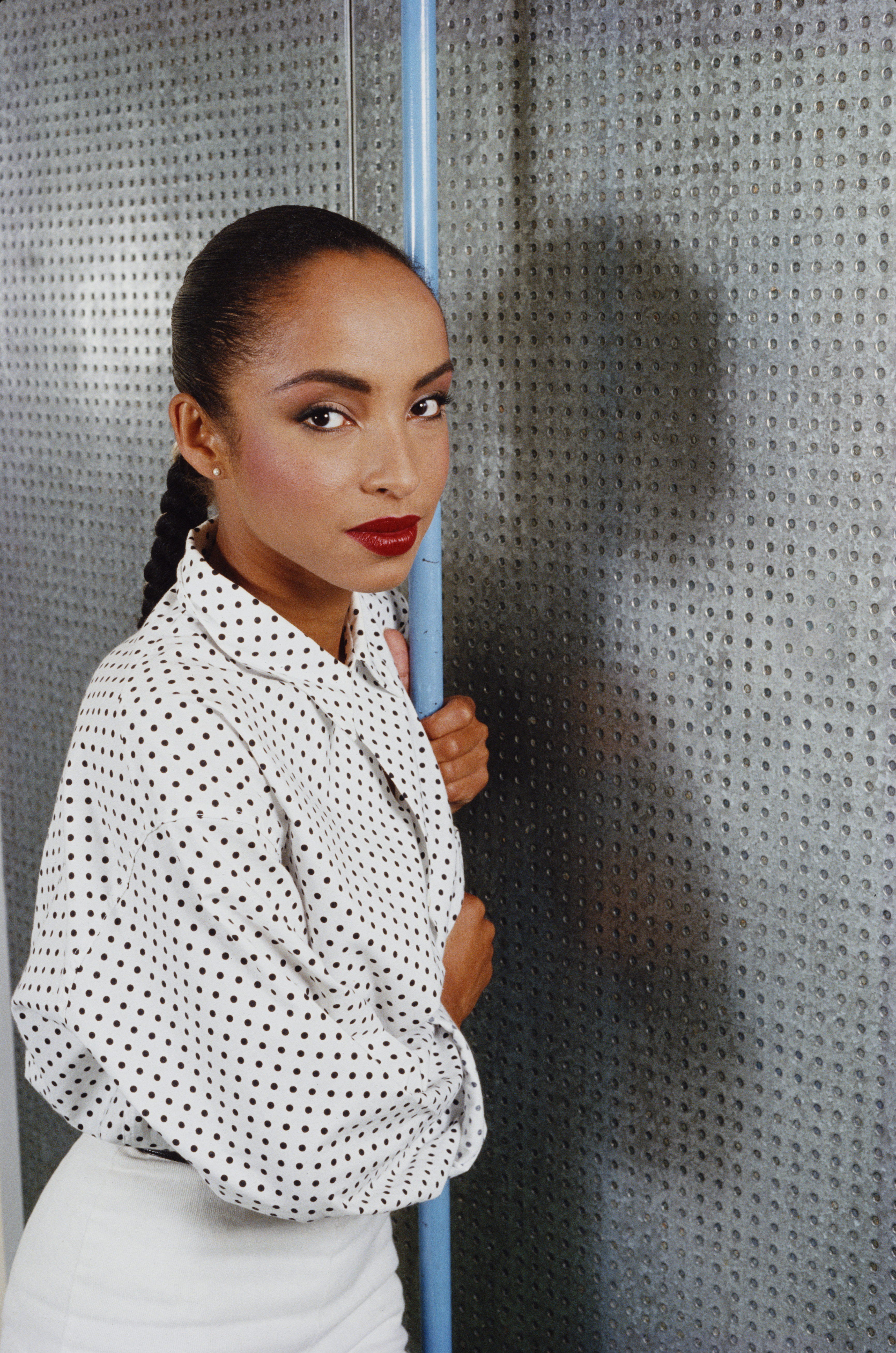 16 Sultry Sade Tracks Perfect For The Winter