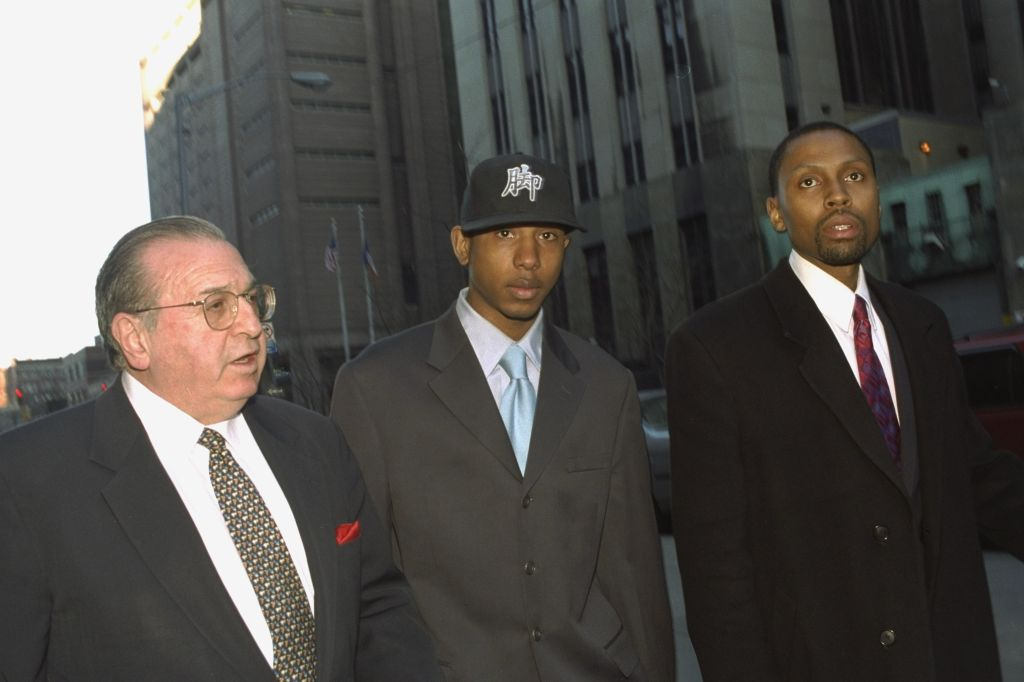 Jamal (Shyne) Barrow (center), rap protege of Sean (Puffy) C