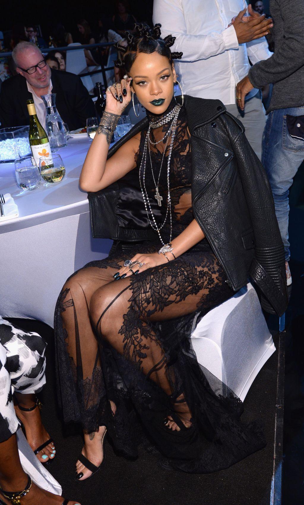 NBC's '2014 iHeartRadio Music Awards' - Roaming Show