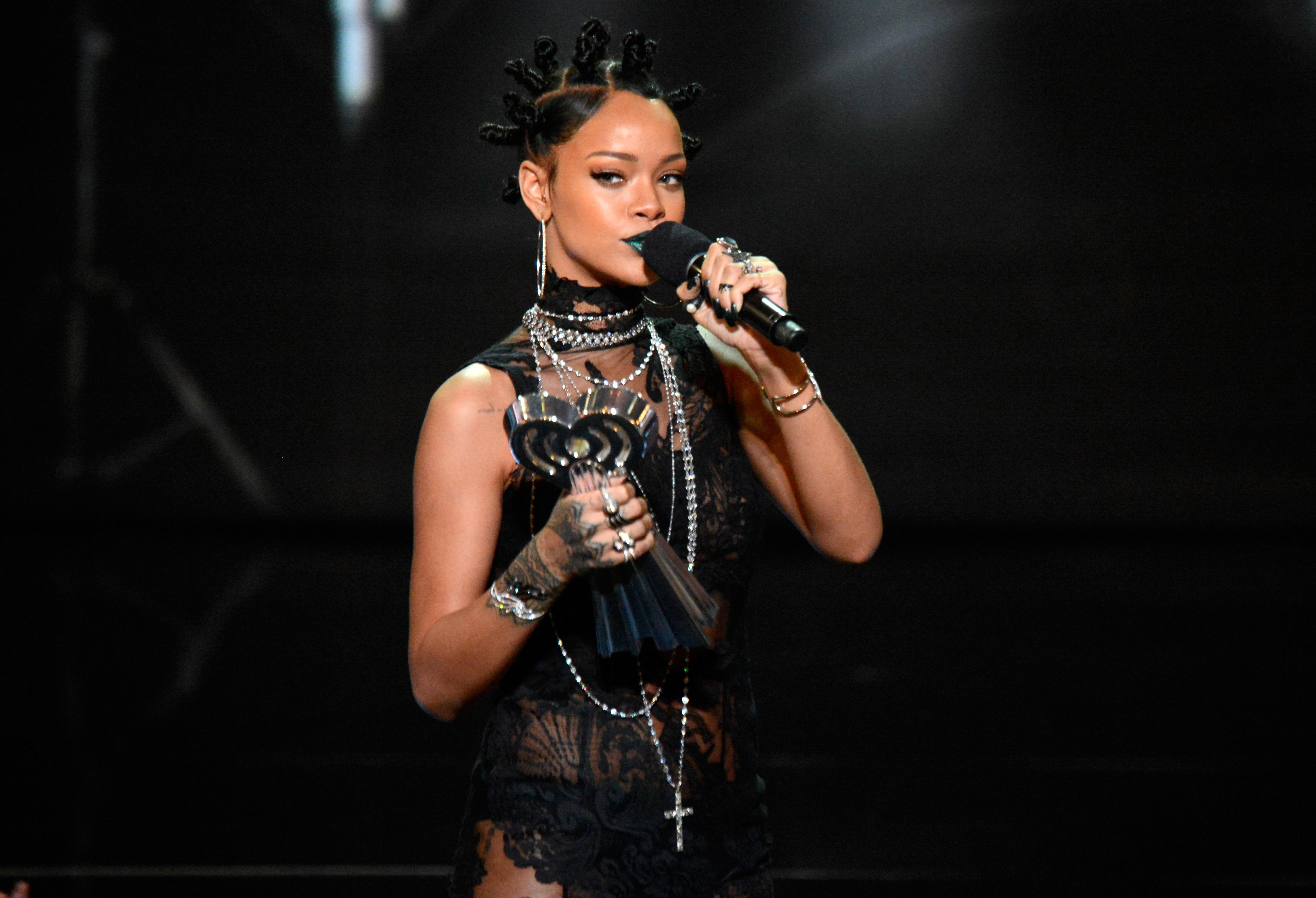 2014 iHeartRadio Music Awards - Show