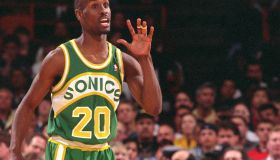 Seattle Sonic's Gary Payton questions a call during game against Lakers last season.