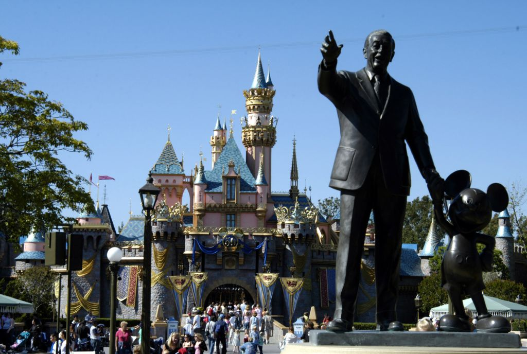 Disneyland 50th Anniversary Happiest Celebration On Earth Opening Day