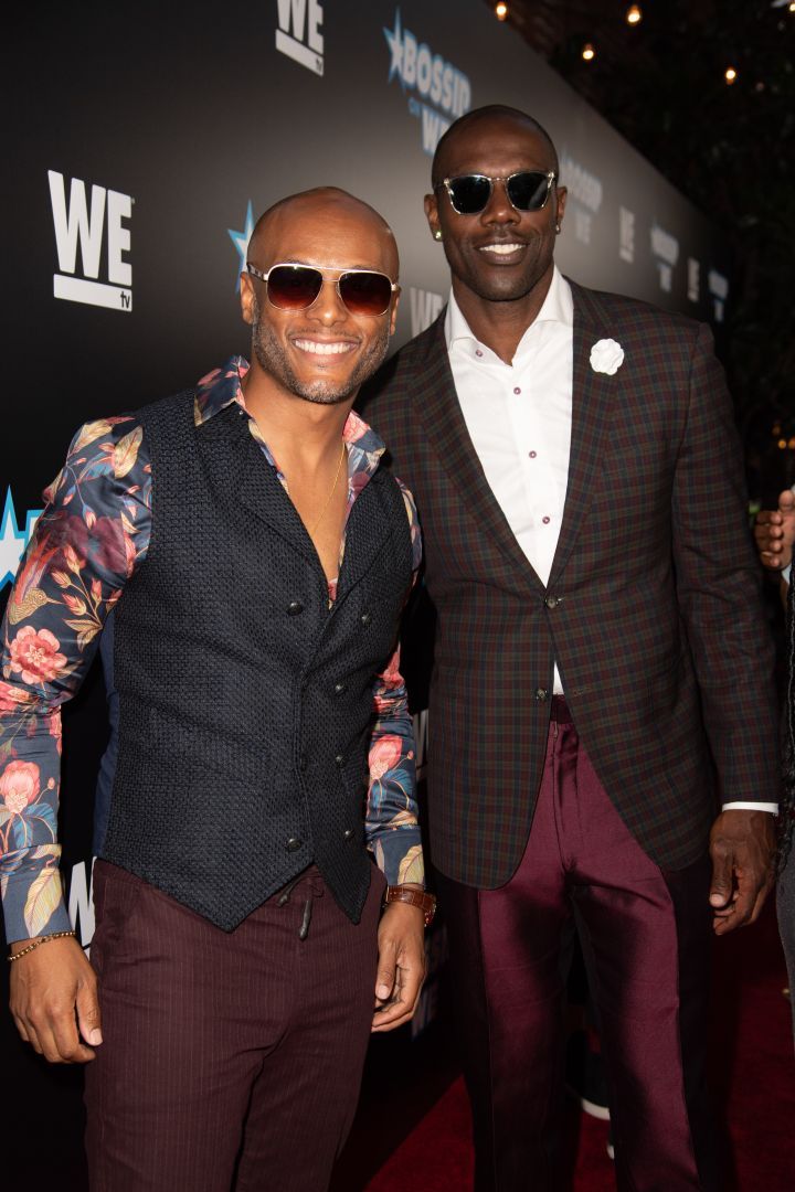 Kenny Lattimore and Terrell Owens represented for the mens