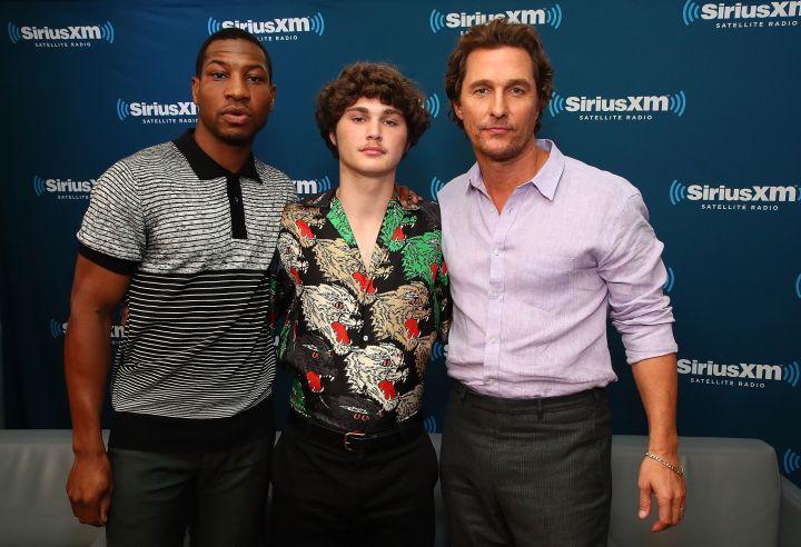 Jonathan Majors poses with 'White Boy Rick' costars Matthew McConaughey and Richie Merritt.