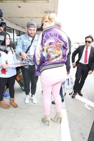 Iggy Azalea departs from LAX