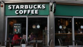 """MPs demand 25p """"Latte levy"""" on hot drink cups."""