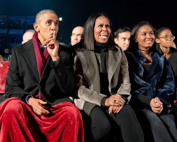 President And Mrs. Obama Attend National Christmas Tree Lighting