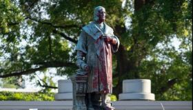 Twitter Clowns The Columbus Statue Dragged Into The Lake With Funny Captions