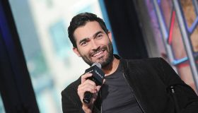 """The Build Series Presents Tyler Hoechlin Discussing """"Supergirl"""""""