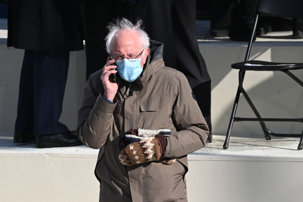 Bernie Sanders wears coat and mittens at Joe Biden's Inauguration
