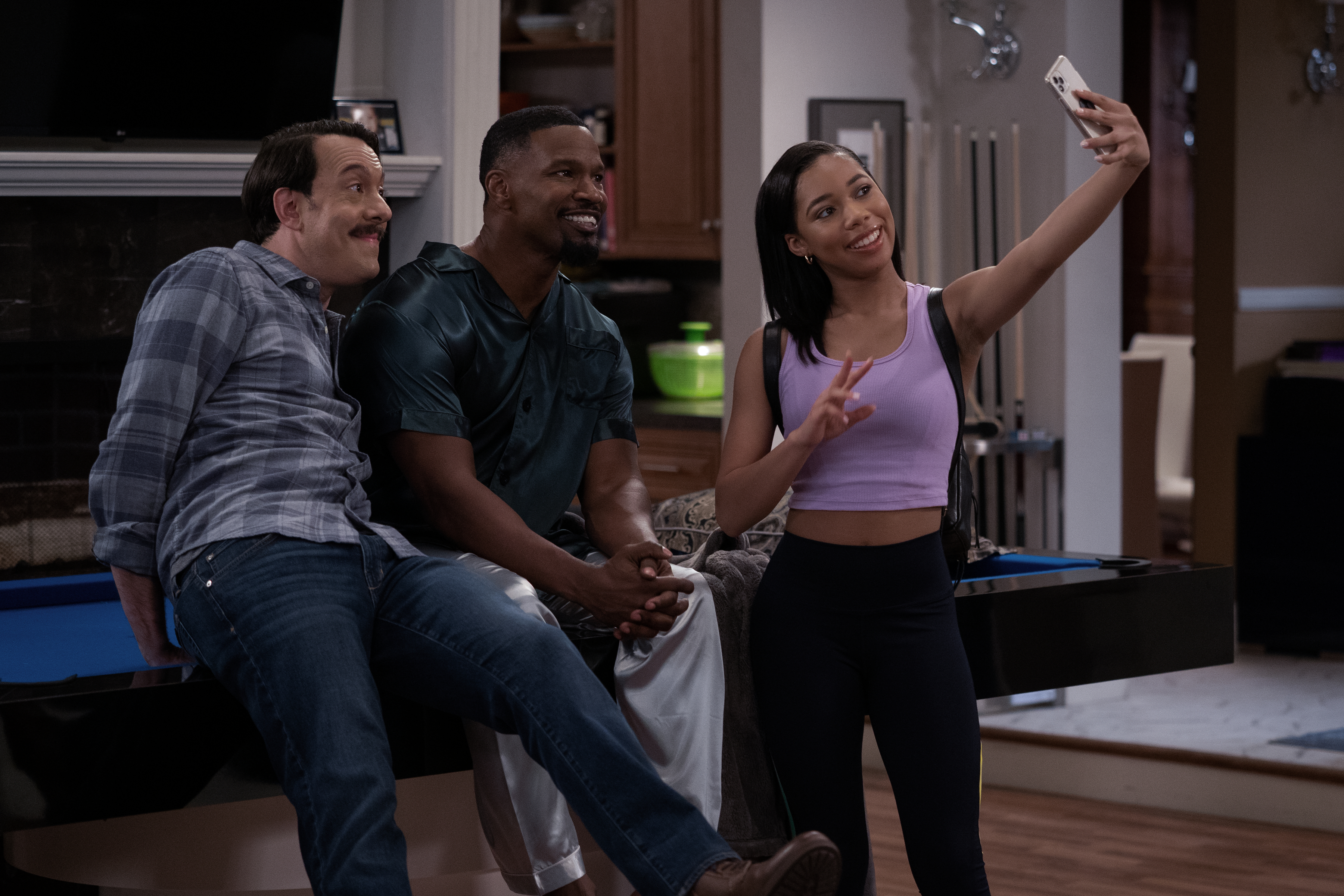 Jonathan Kite, Jamie Foxx, and Kyla-Drew take a selfie in an episode of Dad Stop Embarrassing Me!