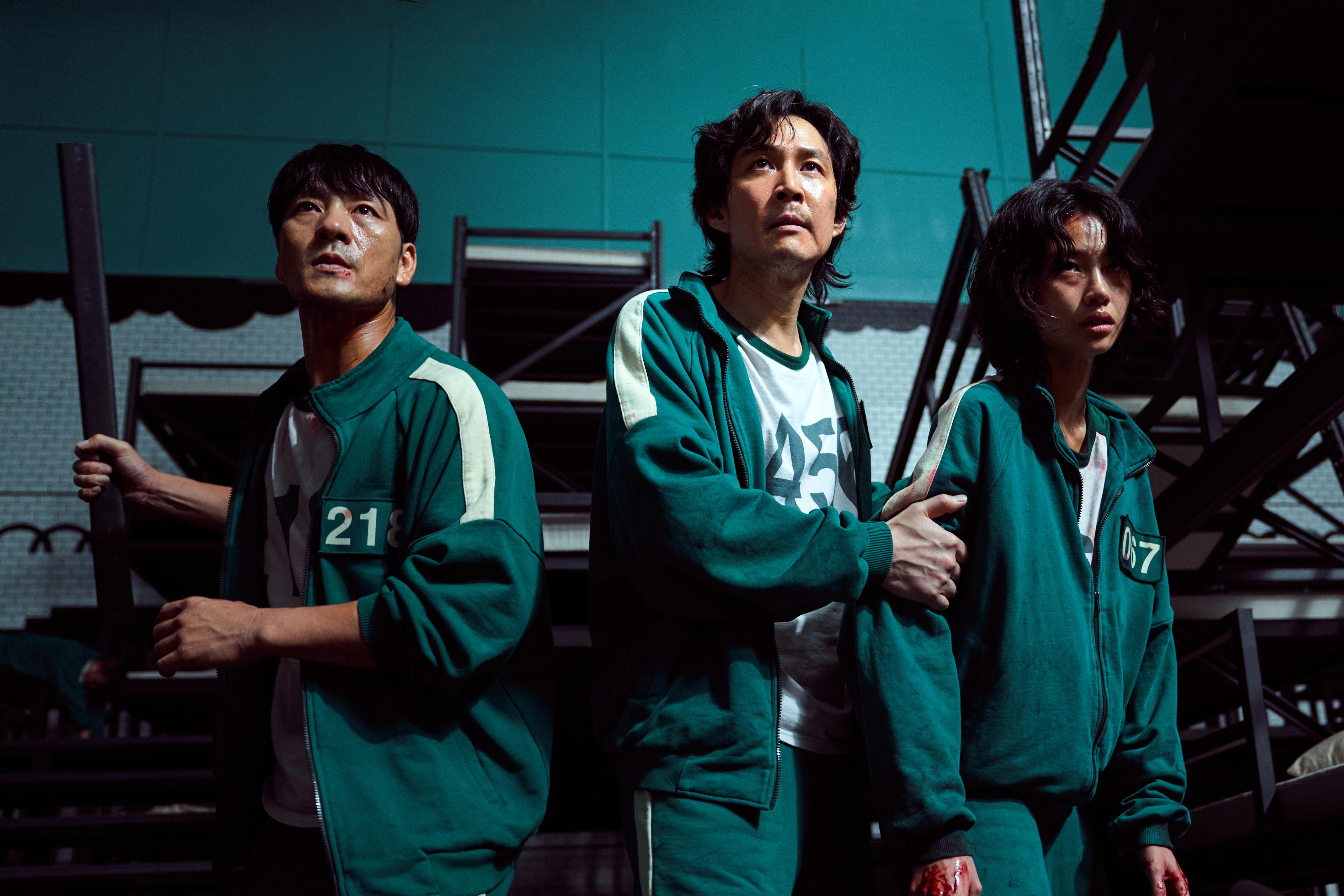 Squid Game cast film fighting scene