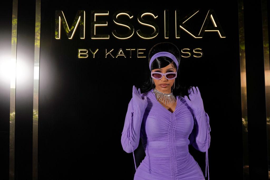 Messika : Photocall - Kate Moss High Jewelry Fashion Show - Paris Fashion Week - Womenswear Spring Summer 2022